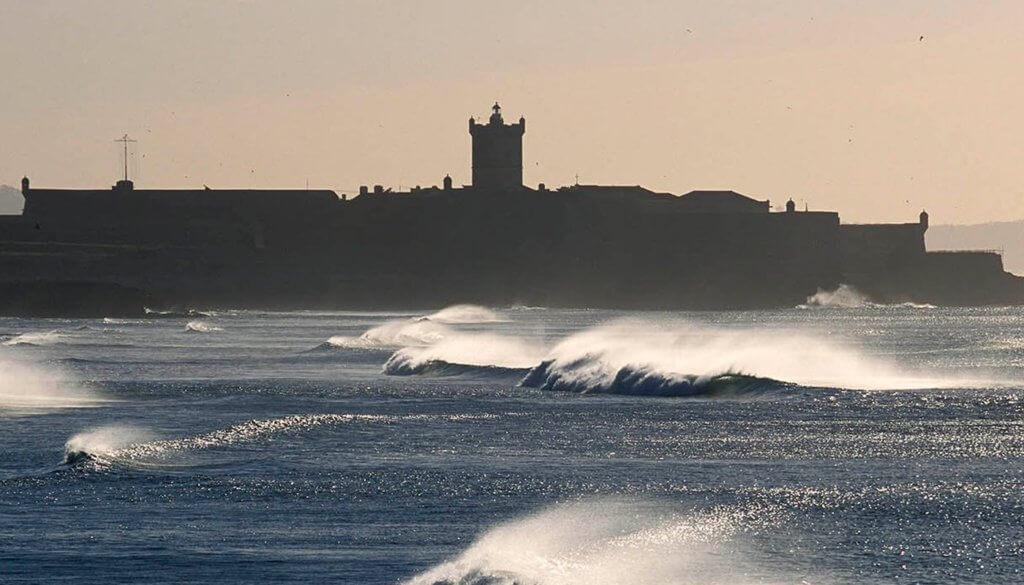 Surfer à Lisbonne